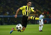 Borussia Dortmund Mario Goetze runs for the ball during the Champions League semi-final fi