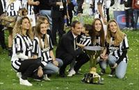 Juventus coach Massimiliano Allegri celebrates winning the Italian Serie A after the match