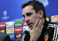 Valencia's coach Gary Neville attends a news conference. Valencia vs Olympique Lyon - Cham